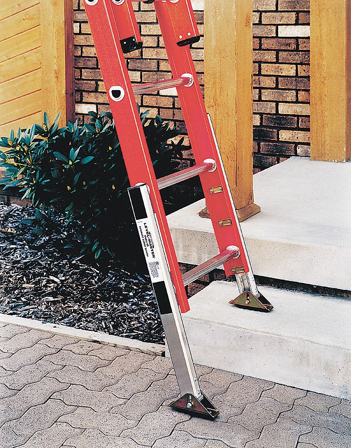 Werner Ladder Leveler Aluminum Adjustable Up To Up To 8