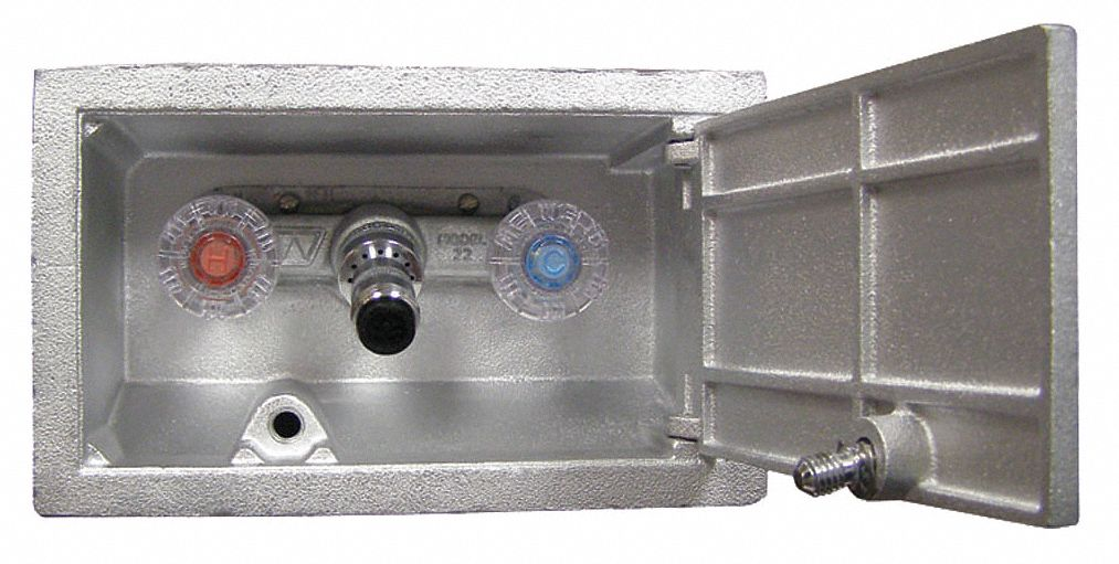 Woodford Mfg 13 7 8 Quot L Frostproof Enclosed Dual Wall