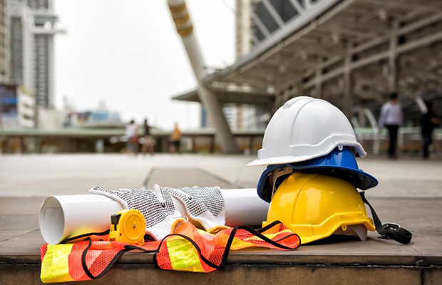 A New Approach to Jobsite Head Protection: Safety Helmets
