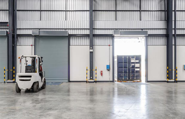 Getting the Most Out Of High-Ceiling Facilities With High-Speed Doors
