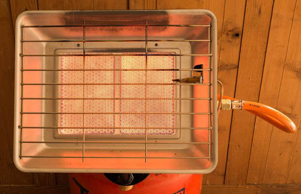 How to Pick the Right Portable Heater for Your Workspace