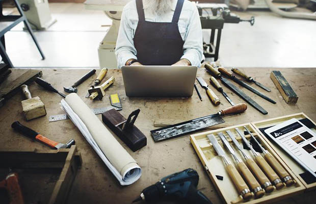 """The """"Maker"""" Movement Takes Manufacturing Back to DIY Roots"""