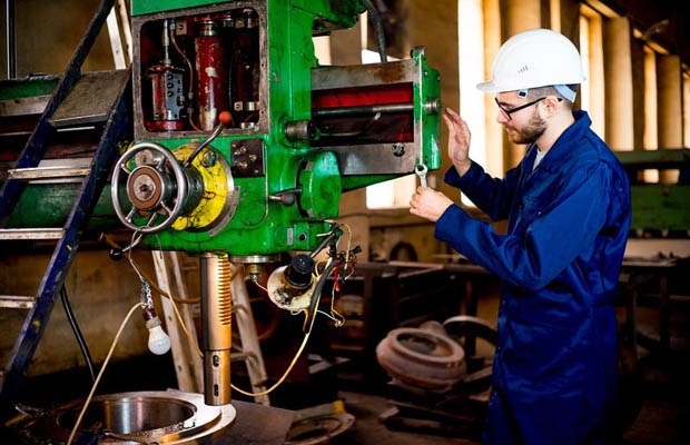 Outsourcing Some Equipment Maintenance  Can Reduce Downtime