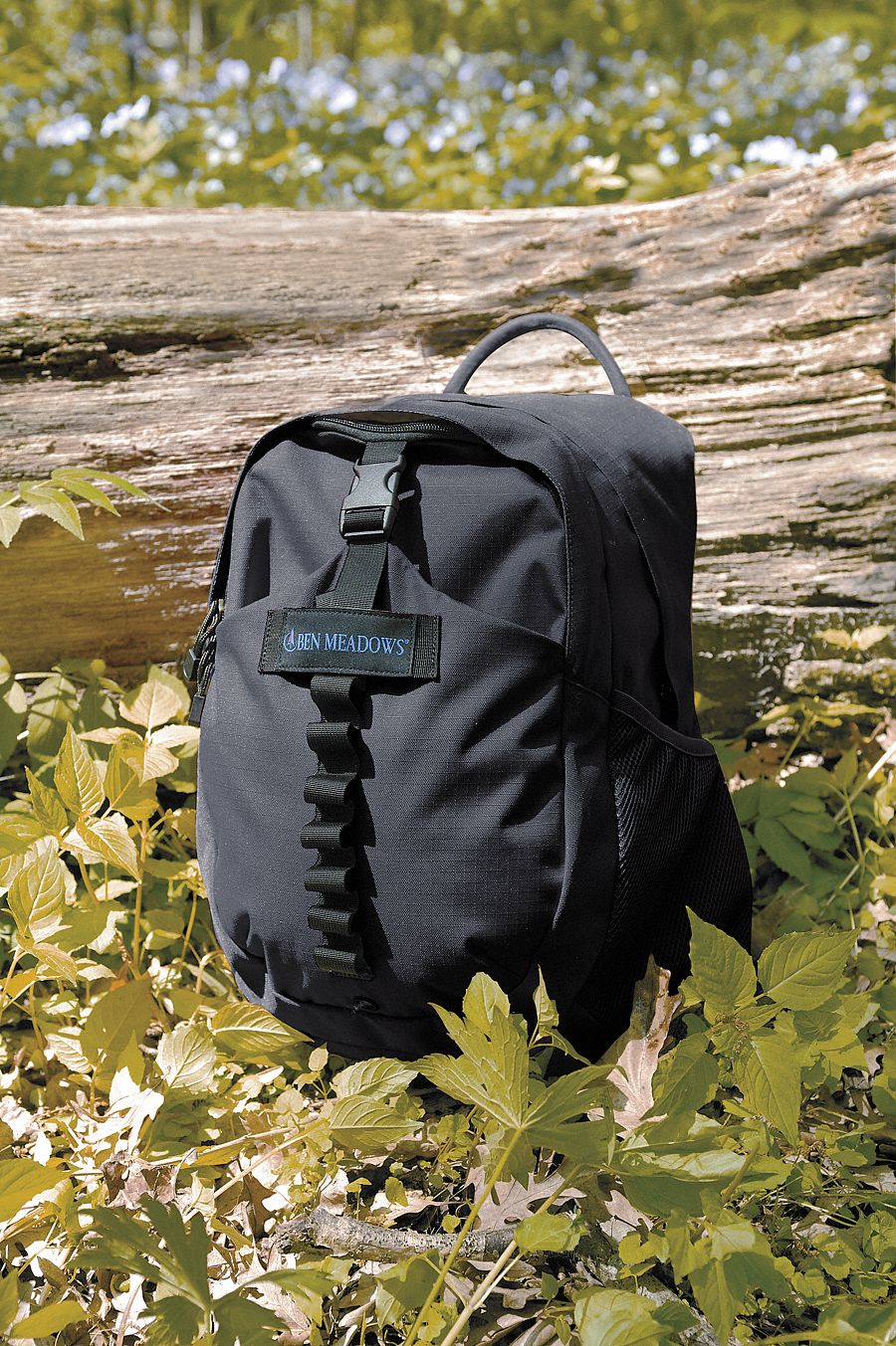 Black Polyester Daypack; Number of Pockets 10