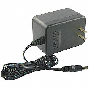 120VAC Wall Mount Plug-In Charger, 24VDC, 675mA, 60Hz