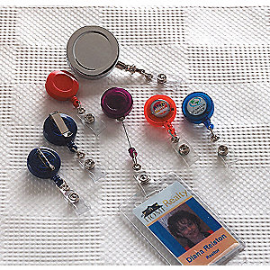 BADGE, RETRACTABLE REEL/CLIP,PK10