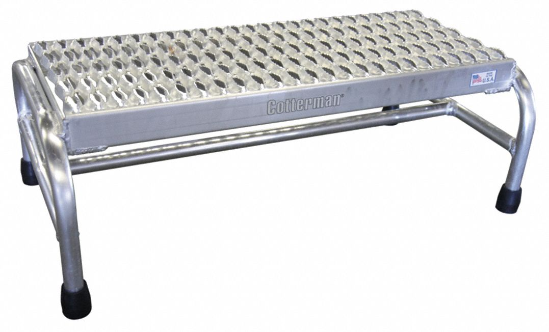 Aluminum Stationary Platform, 10 in Overall Height, 500 lb Load Capacity, Number of Steps: 1