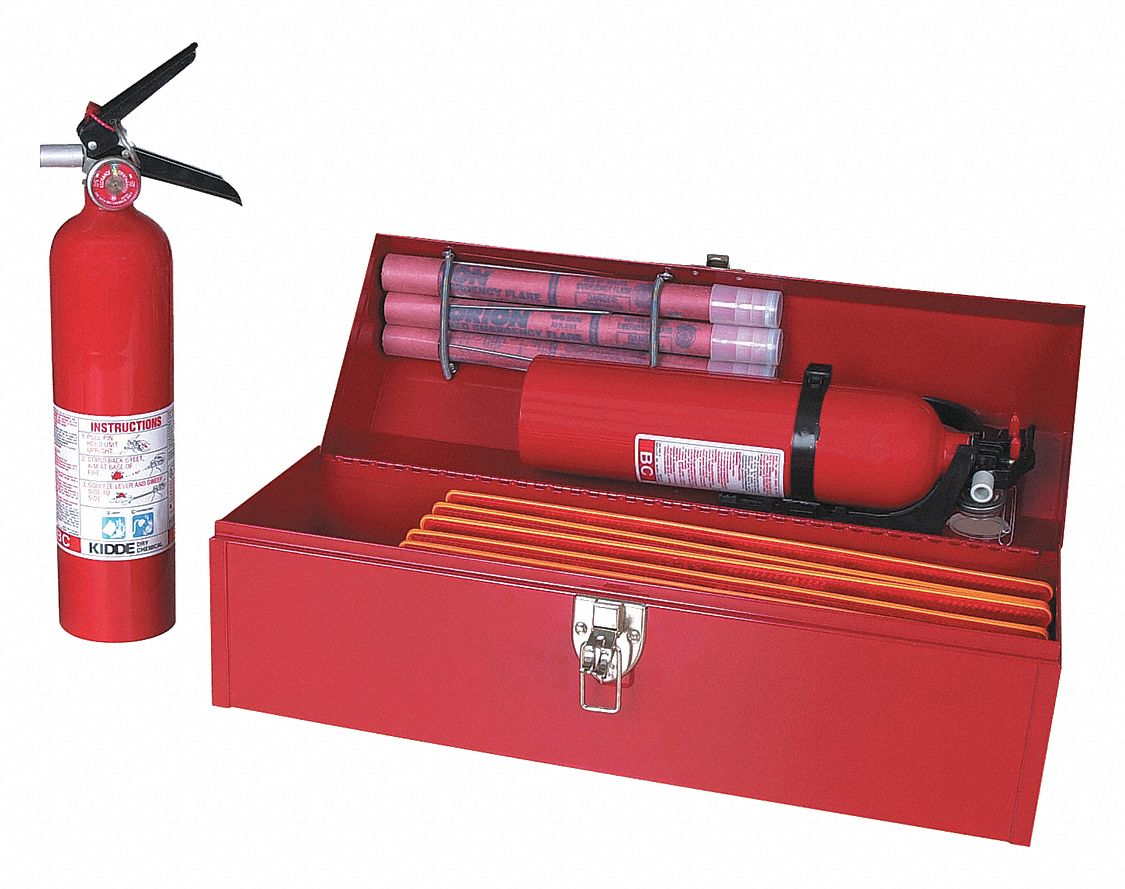 Roadside Emergency Kit/Triangle, 8 Piece