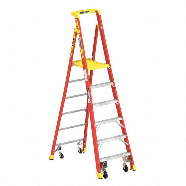 Werner Fiberglass Podium Stepladder 9 Ft Ladder Height