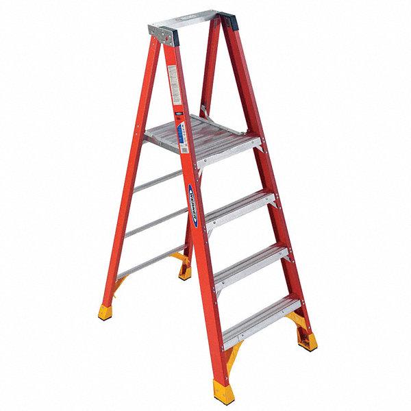 Werner Fiberglass Platform Stepladder 6 Ft Ladder Height
