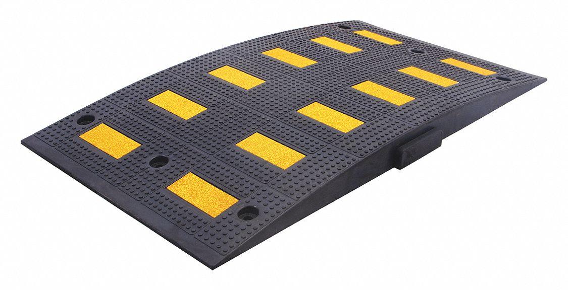 6 ft 350 psi x 2-1//4 x 12 Speed Bump Black//Yellow Rubber