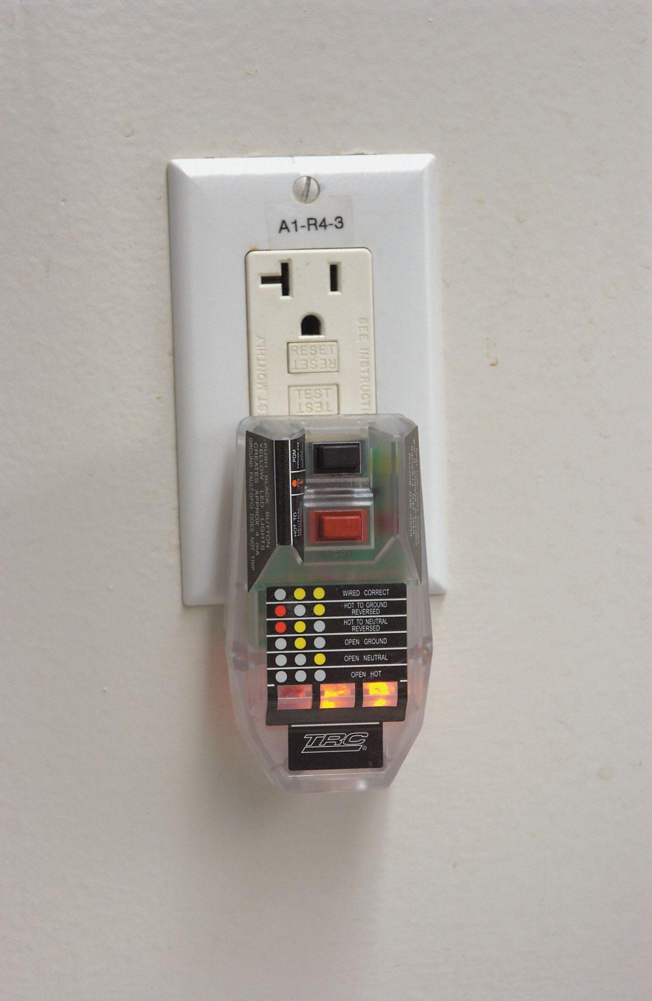 Trc Gfci Outlet Tester Tech Research 8xey7 30090 012 6 Grainger Vs Circuit Breaker